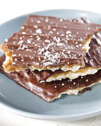 Homemade Toffee-Chocolate Matzah