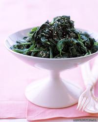 a99517_1202_spinach.jpg