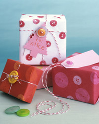 Kid-Friendly Gift-Wrapping Crafts