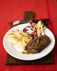 edf_oct06_meat_steak.jpg