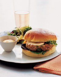 la101827_0206_burger.jpg