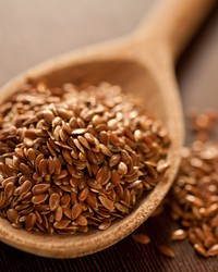 A New Study Says Eating Flaxseed Could Do Wonders for Your Gut Health