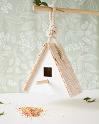How to Build a Beautiful (and Simple!) Birdhouse