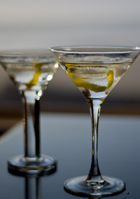 Having a Gimlet or a Martini? What's the Right Glass for That Gin Cocktail?