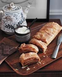 apple-strudel-md109611.jpg