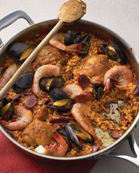 seafood chicken paella