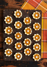 Mini Pumpkin Pies That Are Shaped Like Flowers!