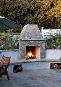 Super Cozy Outdoor Fire Pits to Keep You Warm All Season Long