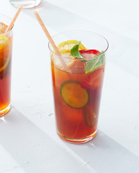 cocktail pimms cup cucumber mint