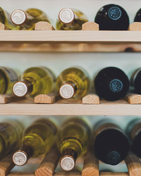 10 Ways to Pick the Right Bottle of Wine