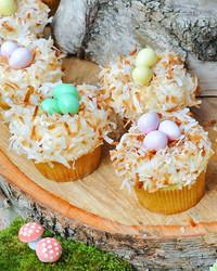 041711_coconut_cupcakes.jpg