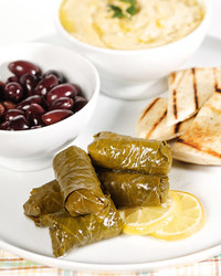 3136_031908_grapeleaves.jpg