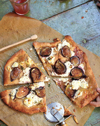 fig-pizza-0911mbd107580.jpg