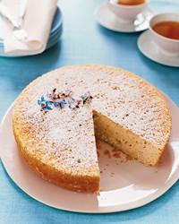 mla103657_0308_lmn_cake.jpg