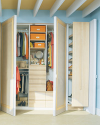 A Call to Order: Maximizing Your Closet Space