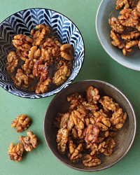 bas_oct06_walnuts_spiced.jpg