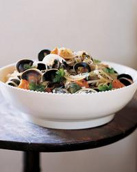clam-pasta-1103-mla99099.jpg