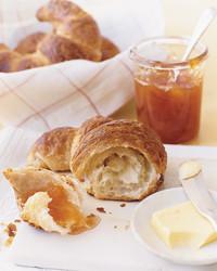croissant-0506-mla101839.jpg