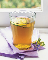 green-tea-0607-mla101822.jpg