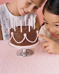 kids_spring06iniestcakes.jpg