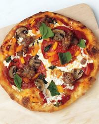 med107085_0411_eml_pizza.jpg
