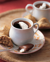 ml0204_sip_fd08_chocpots.jpg