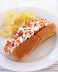 a100364_0704_lobster_roll.jpg