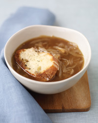 onion-soup-1107-med103255.jpg