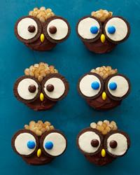 owl-cupcakes-2990-d112808.jpg