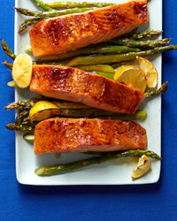 salmon-asparagus-ed110107.jpg