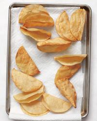 taco-shells-med109080-007.jpg