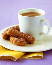 a100793_oct04_churroswchoc.jpg