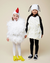 These 2 Cute Costumes Pair Up Perfectly for Best Friends