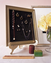 DIY Jewelry Storage: Frame Your Treasures