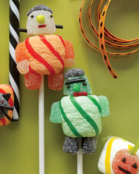 How to Make Our Scary Easy Halloween Lollipops