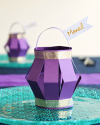 Hosting an Iftar Dinner? These Paper Lanterns Make Perfect Place Cards