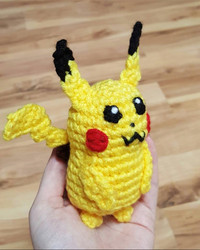 Meet the Amazing Mom Who is Crocheting These Pokémon Characters and Giving Them Away for Free
