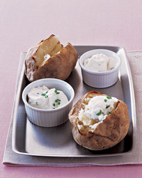 baked-potato-0604-mea100764.jpg