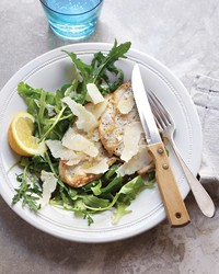 Chicken Scallopine With Arugula and Lemon