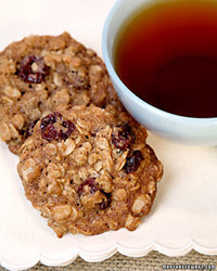Chewy-Cherry Oatmeal Cookies