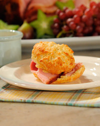 buttermilk-biscuits-mslb7056.jpg