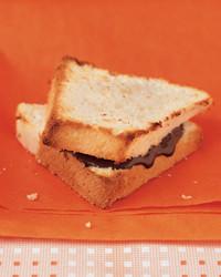 cake-sandwich-0503-mea100030.jpg