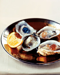 mla103805_1208_oysterplate_l.jpg