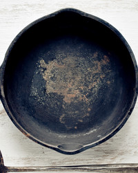 Three Ways You Can Recycle Old Pots and Pans, No Matter Where You Live