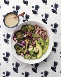 quinoa-bowl-051-d112755-0416.jpg