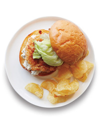shrimp-burger-0053-med110614.jpg