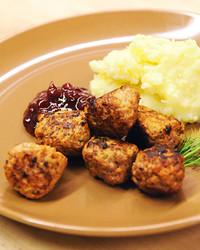 6037_110210_swedish_meatballs.jpg