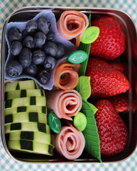 12 Super-Cool Kids' Bento-Box Lunches You Can Actually Make