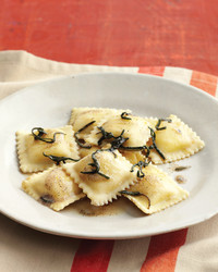 cheese-ravioli-0308-med103553.jpg