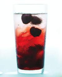 cherry-spritzer-0711mbd107405.jpg